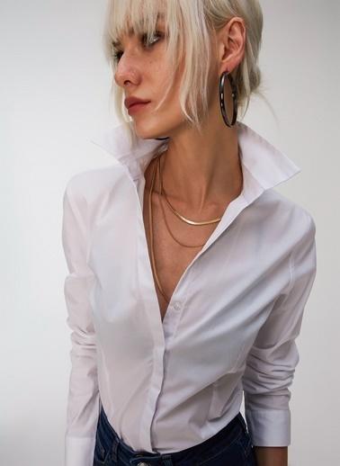 People By Fabrika Kaçık Yaka Basic Gömlek Beyaz
